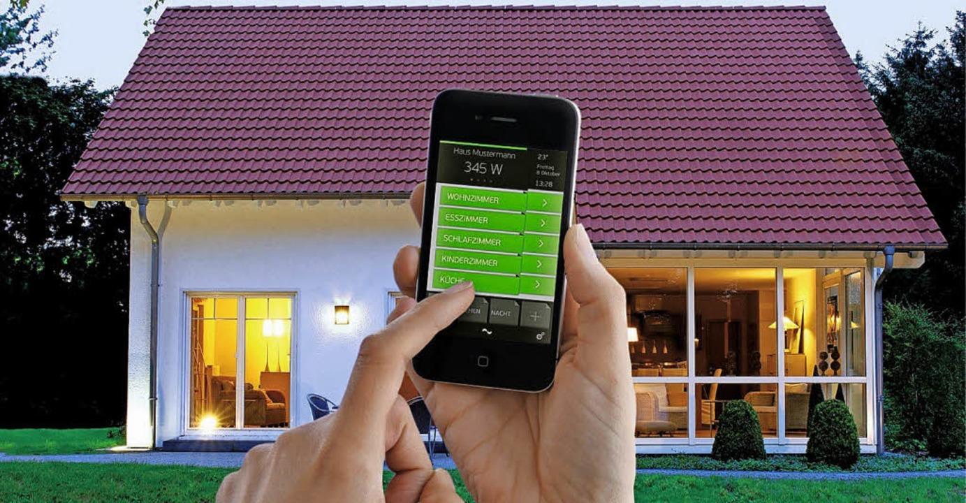 Bequemlichkeit verspricht die Industri...t an, Licht aus – alles per App.  | Foto: Digitalstrom