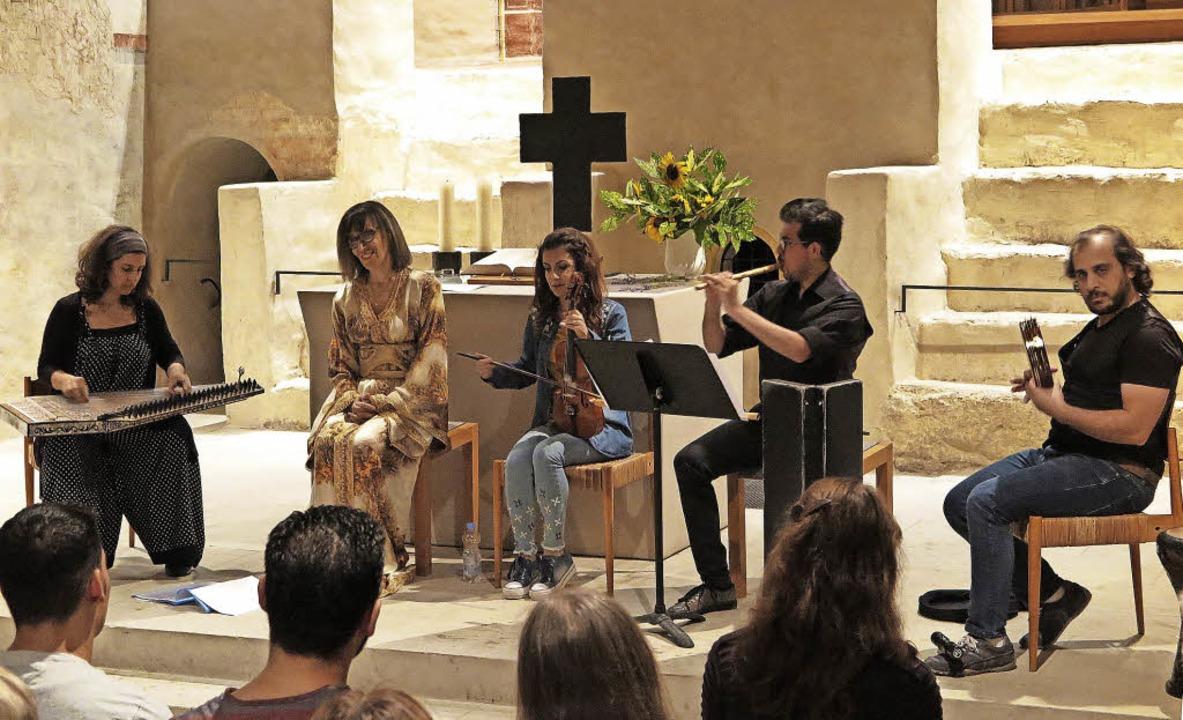 Al Andalus-Musik, Kunst aus zwei Kultu...ad Fityan und Firas Hassan (von links)  | Foto: Dorothee Philipp