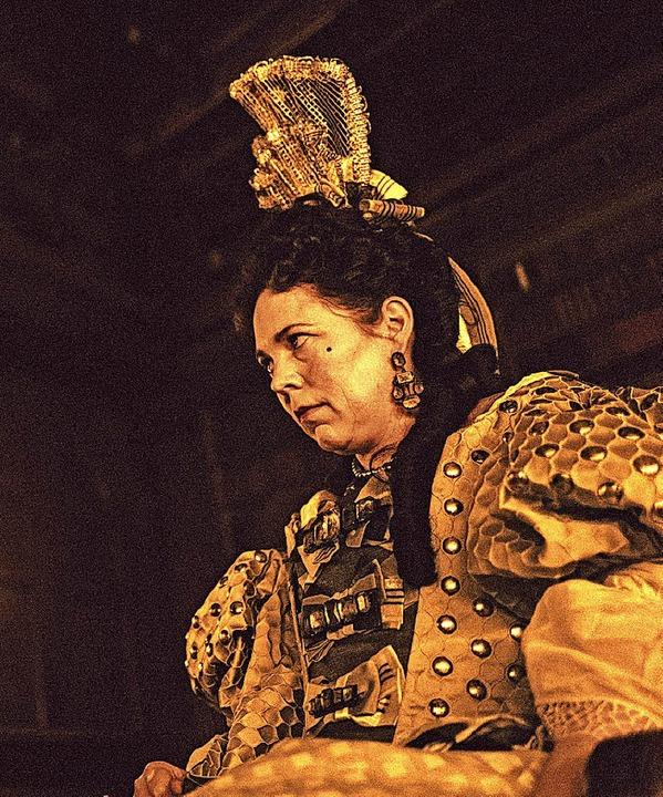 Olivia Colman spielt Königin Anne   | Foto: dpa