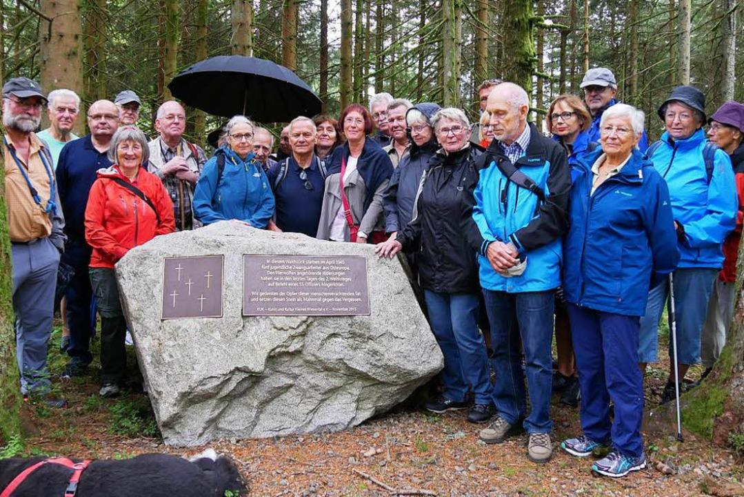 Geschichte hautnah: 20 BZ-Leser besuch...n Werwolf im April 1945 erinnert wird.  | Foto: Robert Bergmann