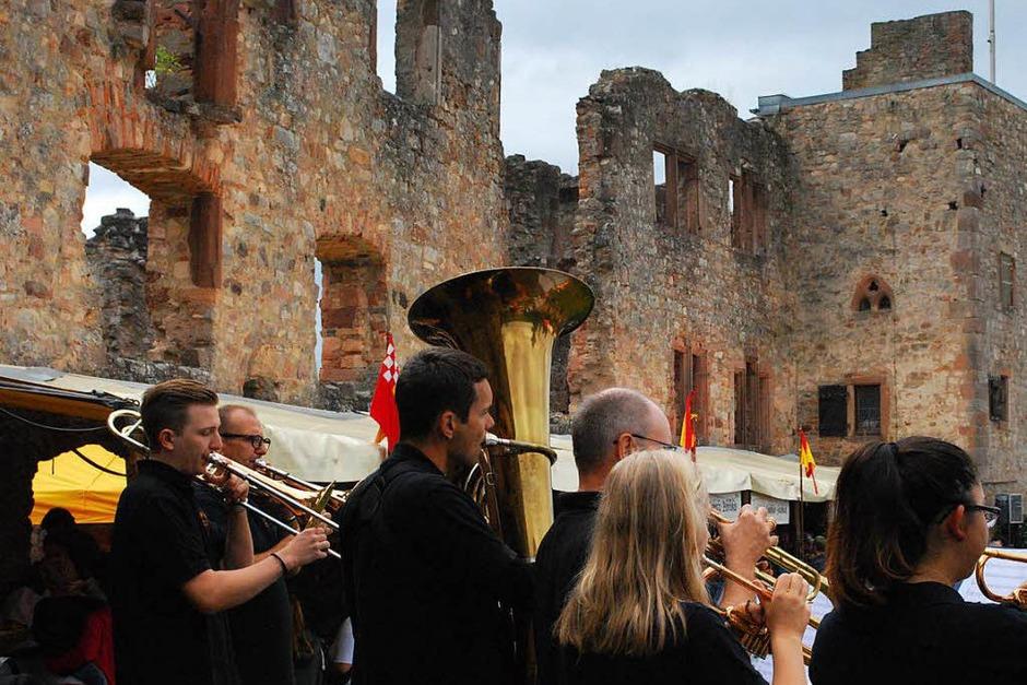 Stadtmusik beim Hochburgfest (Foto: Sylvia-Karina Jahn)