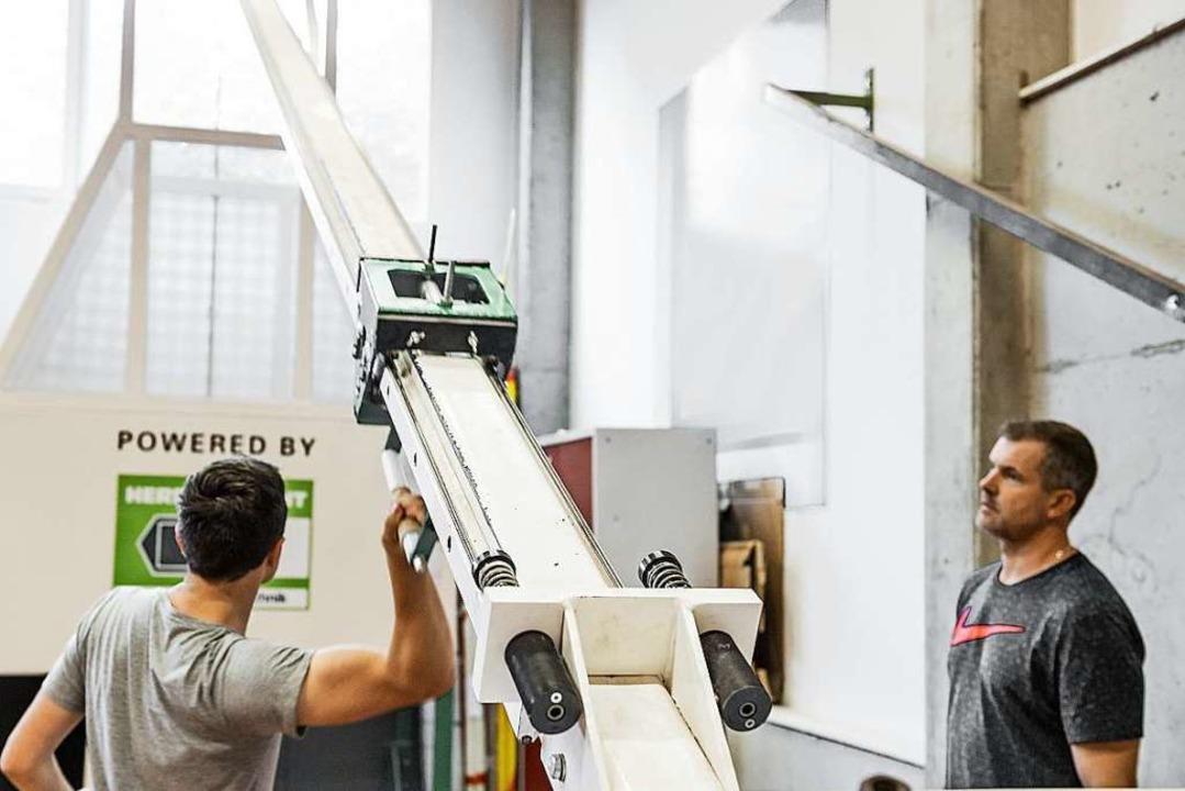 Das Geheimnis des Erfolgs: Die Maschine sieht unscheinbar aus.  | Foto: Daniel Schoenen