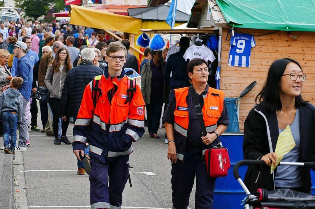 Damit am Stettemer Strooßefescht ausge...rheits- und Rettungskräfte im Einsatz.  | Foto: Maja Tolsdorf