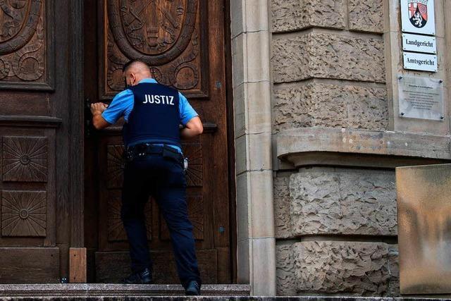 Achteinhalb Jahre Haft wegen Mordes für Messerstecher von Kandel