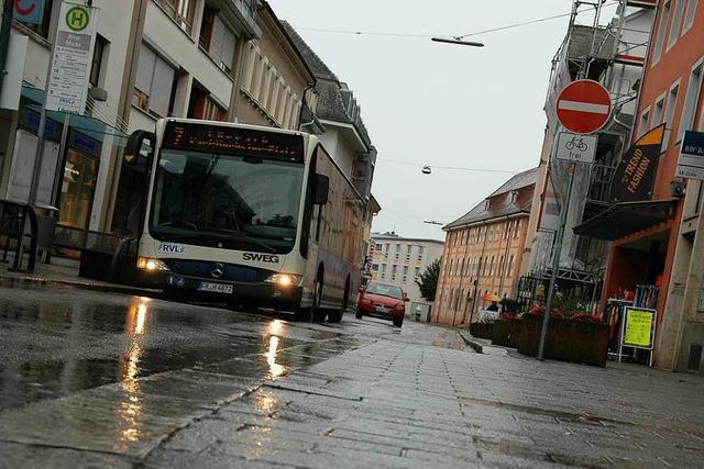 Anlieger wollen verkehrsberuhigten Bereich bis Basler Straße