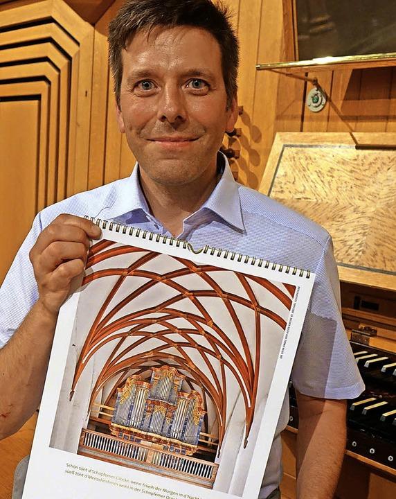 Hingucker: Kirchenmusikdirektor Christ...l der Alten Kirche St. Michael ziert.     Foto: Roswitha Frey