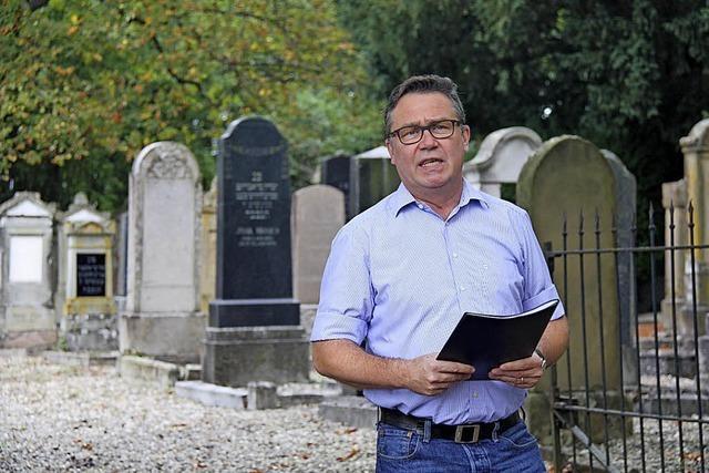 Besuch auf dem jüdischen Friedhof