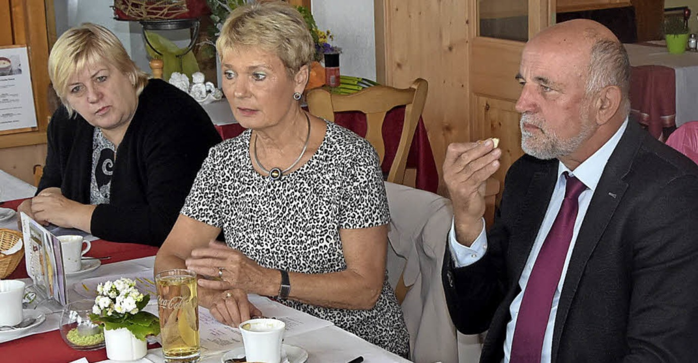 Kordula Kovac, Friedlinde Gurr-Hirsch ...kussion  mit den Ausschussmitgliedern.  | Foto: Stefan Pichler