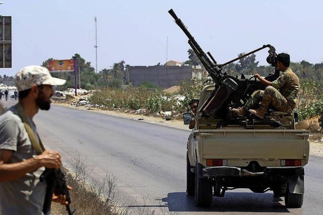 Schwere Kämpfe erschüttern Tripolis