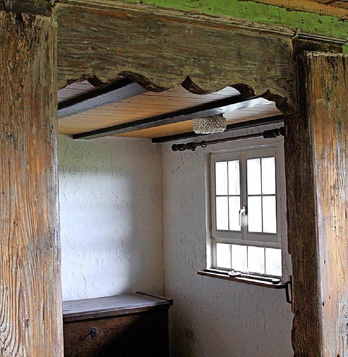 Durchgänge und Wände wie diese waren mit Gipsplatten überdeckt.  | Foto: Erich Krieger