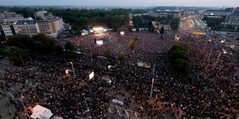 Zu dem Konzert kamen etwa 65.000 Menschen    Foto: dpa