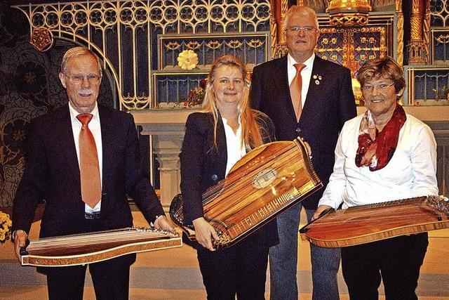 Zither und Gesang in Titisee-Neustadt