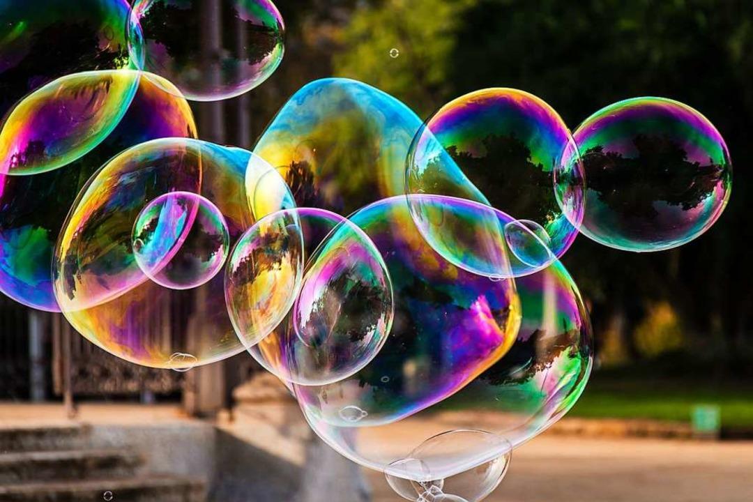 Ein Traum nur eine Seifenblase vor dem Platzen? Klarträumer sehen das anders.  | Foto: dietwalther - stock.adobe.com