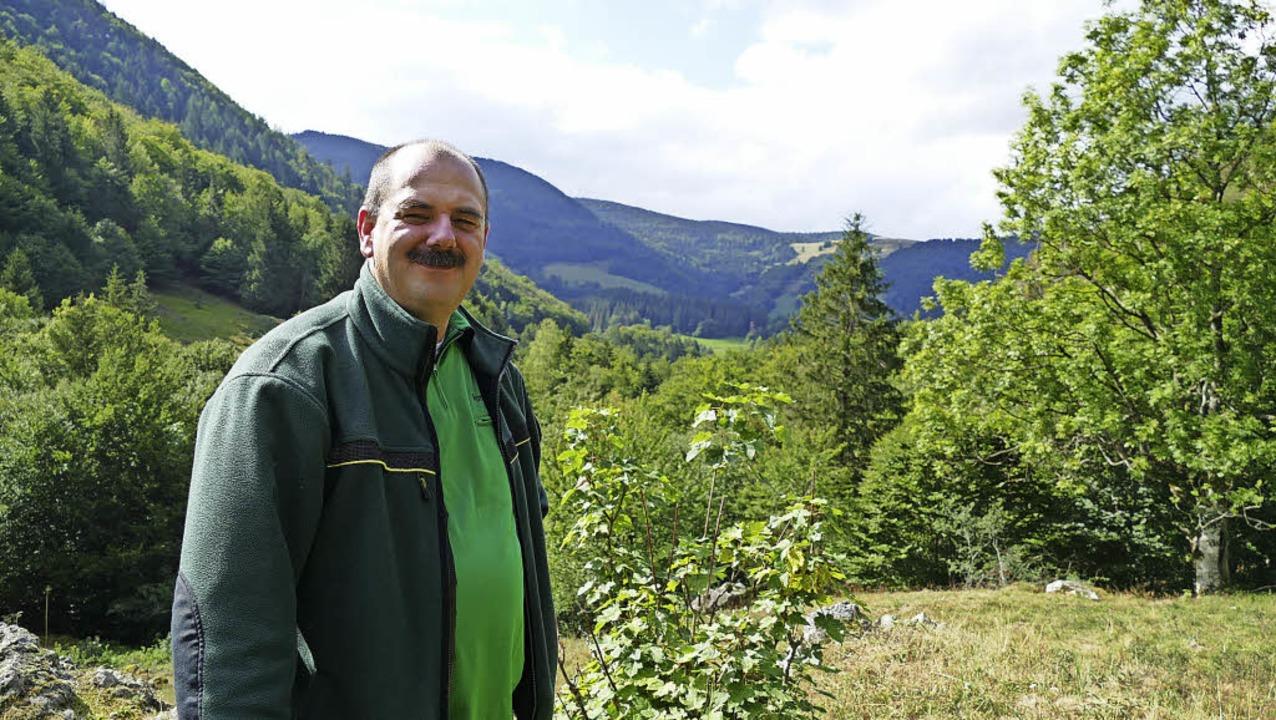 Zum Reich von Forstbezirksleiter Marco...ten gehört der Präger Gletscherkessel.  | Foto: Susanne Filz