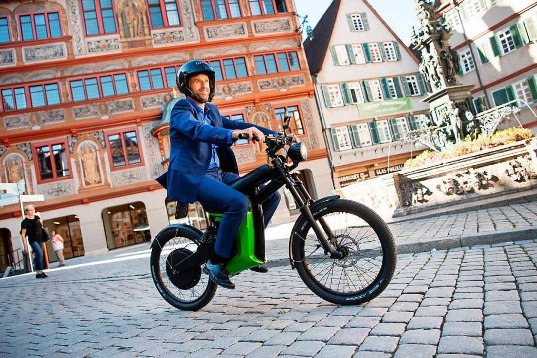 Das Stadtoberhaupt ist gerne mit dem E... unterwegs: Tübingens OB Boris Palmer.    Foto: Marijan Murat