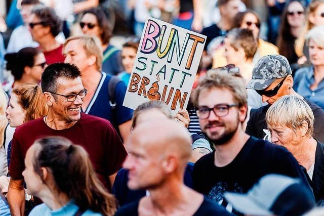 10.000 Menschen demonstrieren in Hamburg lautstark gegen rechte Hetze
