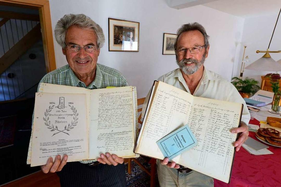 Martin Federer (rechts), der letzte Ve...den  des Krankenunterstützungsvereins.  | Foto: Ingo Schneider