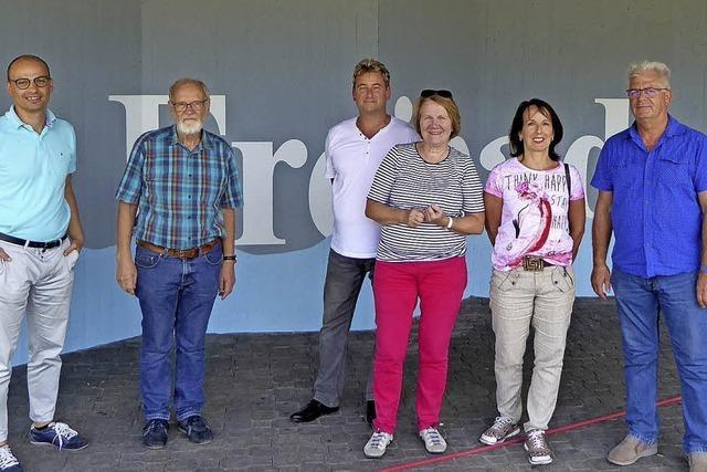 SPD-Fraktion schaut sich Sanierungsbedarf an