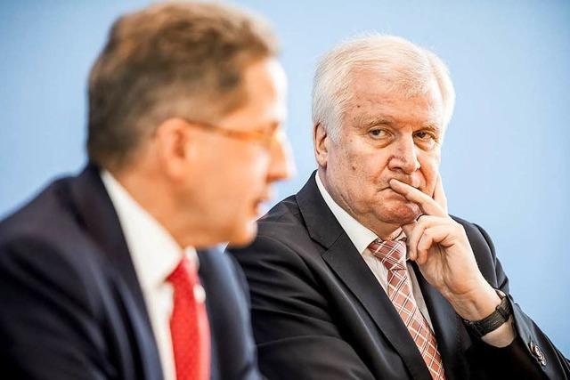 Seehofer spricht Verfassungsschutzchef Maaßen das Vertrauen aus