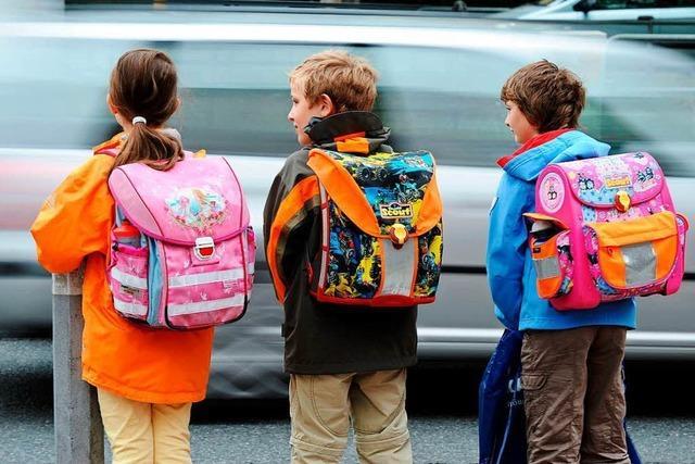 Diese Tipps sollten Kindern und Eltern für einen sicheren Schulweg beachten