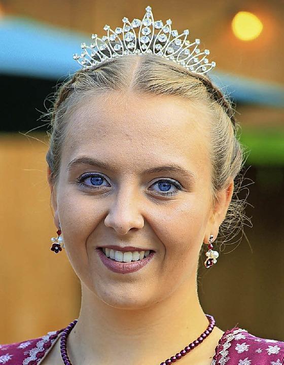 Gibt die Krone, die sie vor einem Jahr...en hat, heute weiter: Katinka Kölble.   | Foto: S. Decoux-Kone