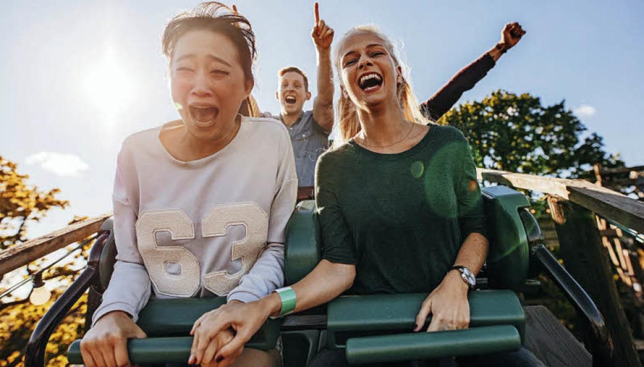 Für die einen ist es purer Spaß, für d...e Qual: eine Fahrt mit der Achterbahn.  | Foto: Fotos: Jacob Lund/fotolia.com/UPK