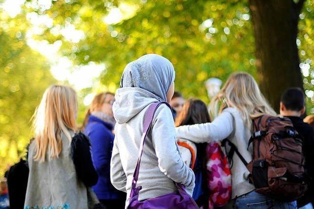Freiburger Religionspädagoge schreibt Plädoyer gegen Kopftuch