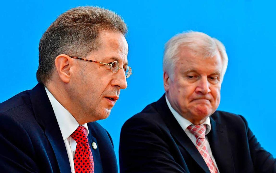 Hans-Georg Maaßen (links) und Horst Seehofer  | Foto: AFP