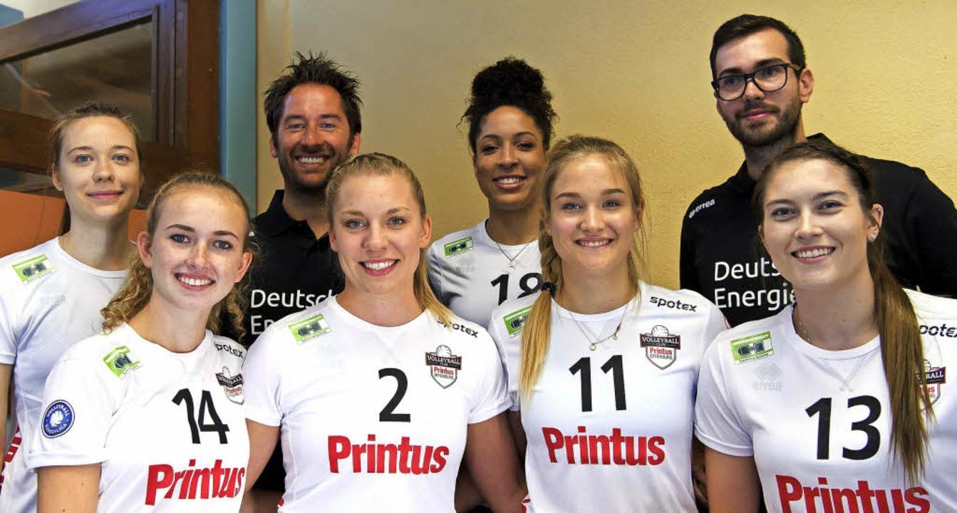 Die neuen Spielerinnen beim VC Printus...rin Hahn, Leonie Amann, Ashley Owens.   | Foto:  Sebastian Köhli