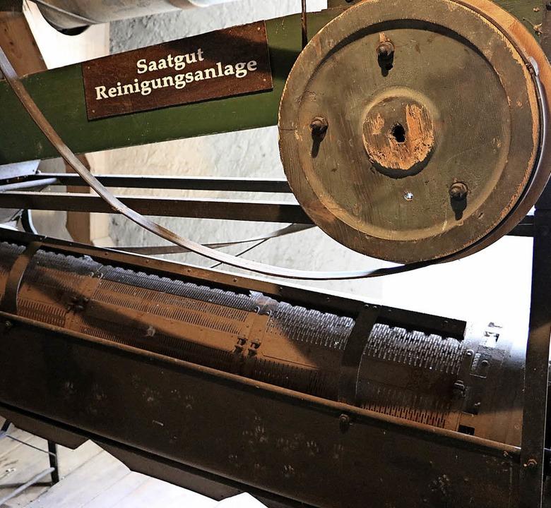 Auch diese alte Saatgut-Reinigungsanla...inst in der Boller Mühle ihren Dienst.  | Foto: Martha Weishaar