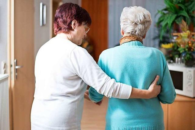 Häufig betreuen Frauen aus Osteuropa deutsche Senioren