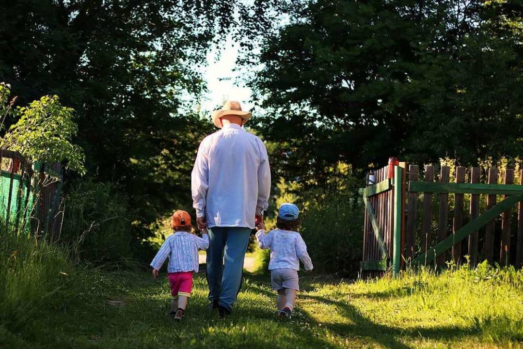Zurück in der Heimat der Hilfskräfte bleiben Kinder und Ehemänner.  | Foto: alexkich - stock.adobe.com