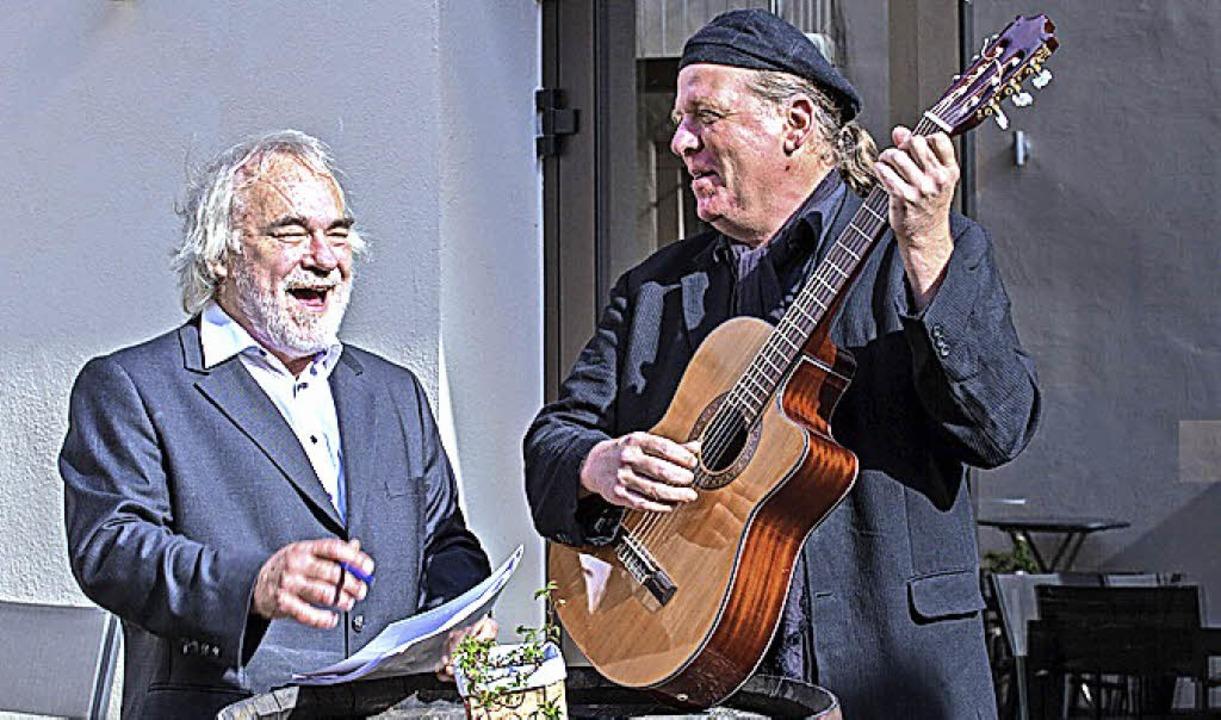 Werner Köhler und Uwe Grau präsentieren Pop-Geschichten.   | Foto: Veranstalter