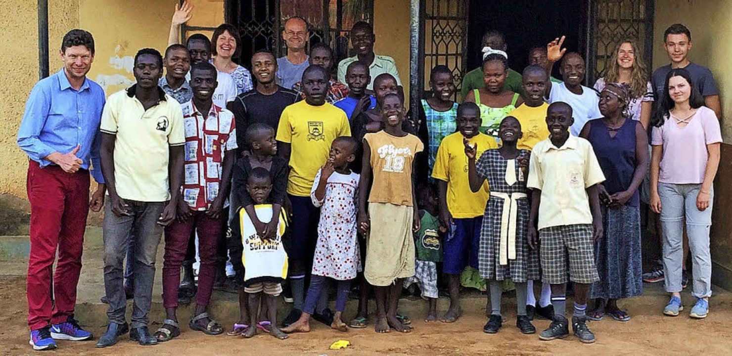 Freuten sich über den Besuch aus Bad S...hner des Kinderhauses  in Mbale/Uganda  | Foto: Step Uganda