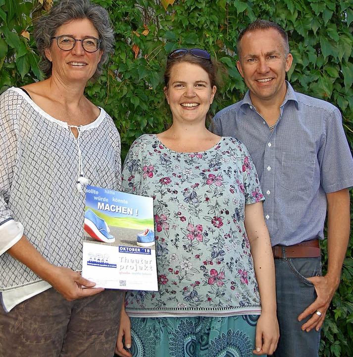 Sigrid Fuchs (links) vom Pfarrgemeinde...sches Mitmachprojekt für Jugendliche.   | Foto: Frey