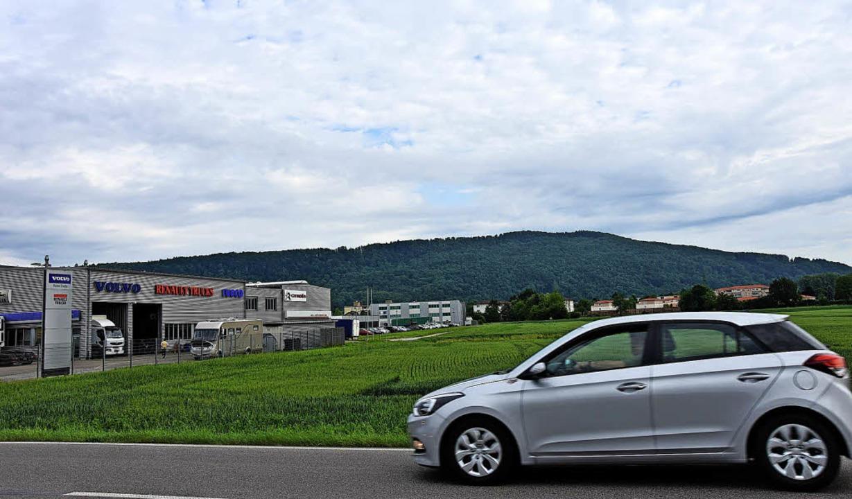 Das Gewerbegebiet Sengern ist jetzt no...gabend über den Bebauungsplanentwurf.   | Foto: Heinz Vollmar
