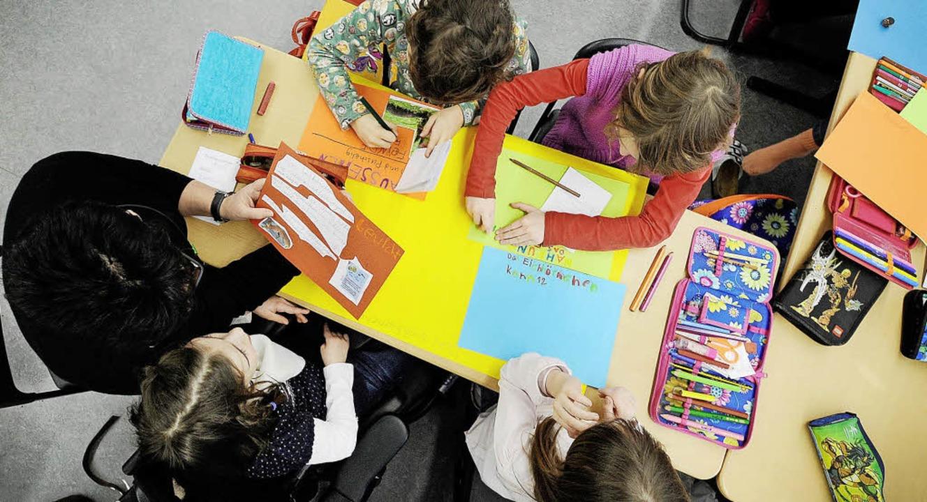 Schulbegleitung ist ein Punkt, der im Teilhabeplan konkret behandelt wird.   | Foto: DPA