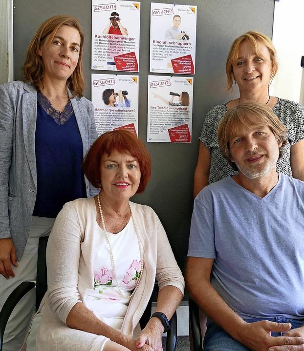 Mit vollem Einsatz stehen als Hauptamt...anie Franosz und Christine Tortomasi.   | Foto: Ingrid Böhm-Jacob