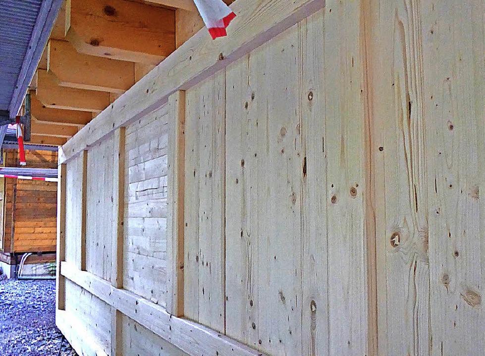 Holzverschalte Außenwand  | Foto: Peter Stellmach