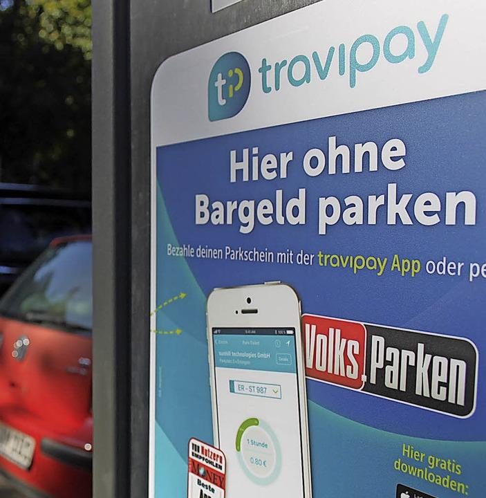 Travipay App, an jedem Parkscheinautom...dienungsanleitung zur Nutzung der App.  | Foto: Nina Witwicki
