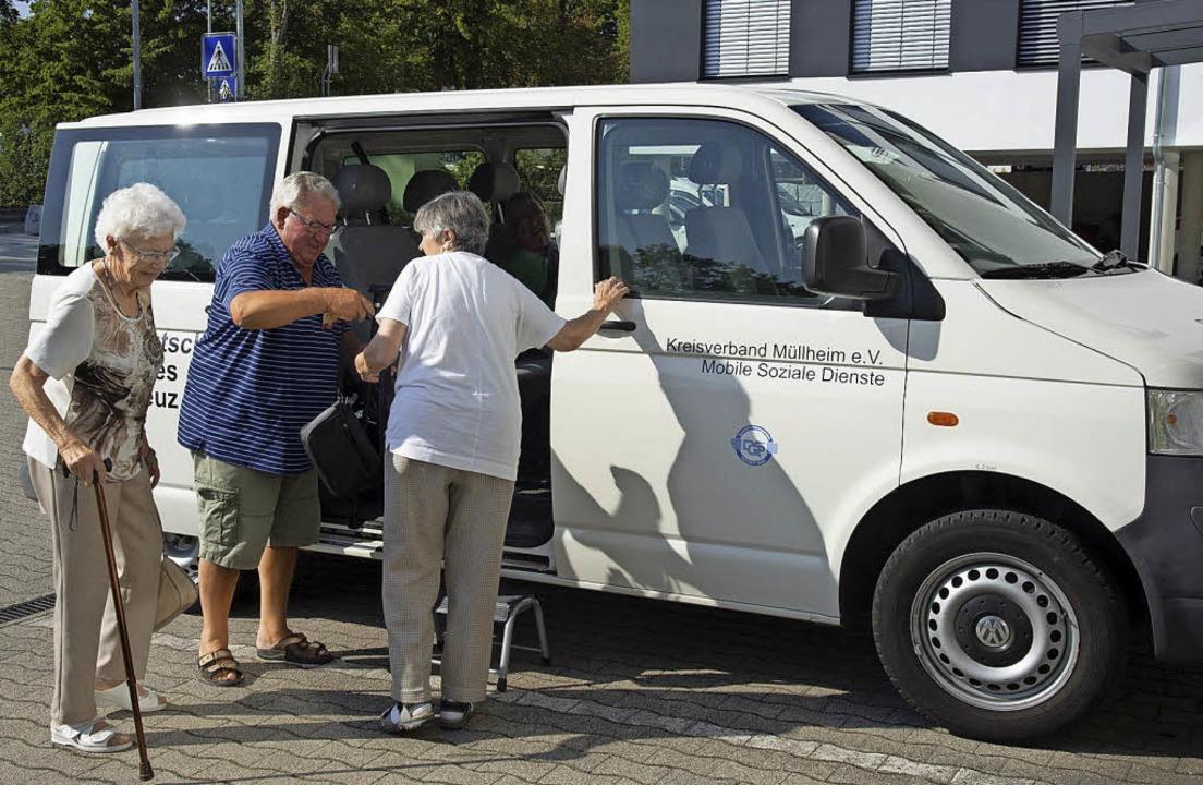 Ehrenamtliche Fahrer übernehmen den Fa...enausflügen und zu Spielnachmittagen.   | Foto: Münch