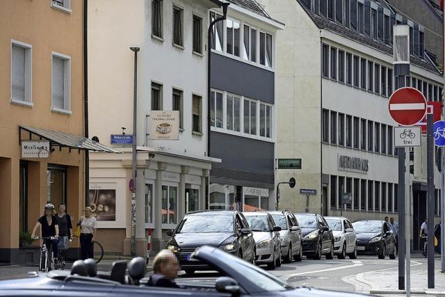 In Freiburgs Merianstraße gibt es nach Straßenbahn-Neubau mehr Stau