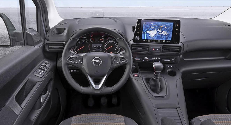 Drei auf einen Streich: Opel Combo (ob...pflegt jede Marke ihren eigenen Stil.   | Foto: werksfotos