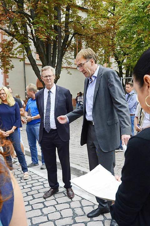 Baubürgermeister Haag (rechts) und Sozialbürgermeister von Kirchbach  | Foto: Ingo Schneider