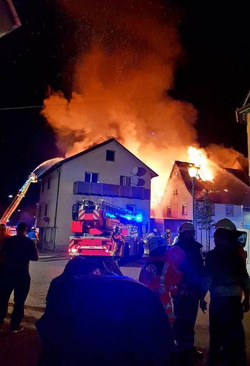 Großbrand in Teningen    Foto: Aribert Rüssel