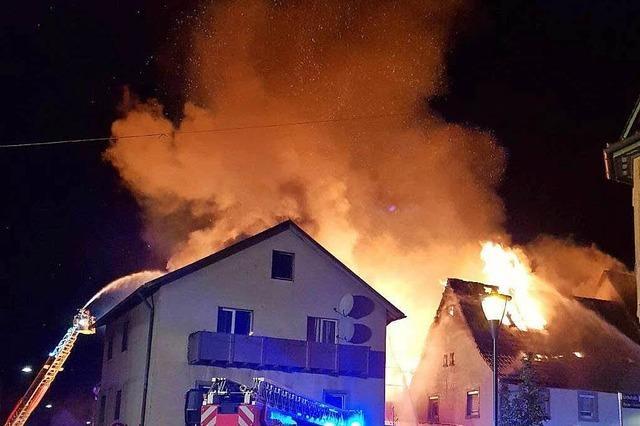 Sachschaden nach Brand beläuft sich auf mehrere 100 000 Euro