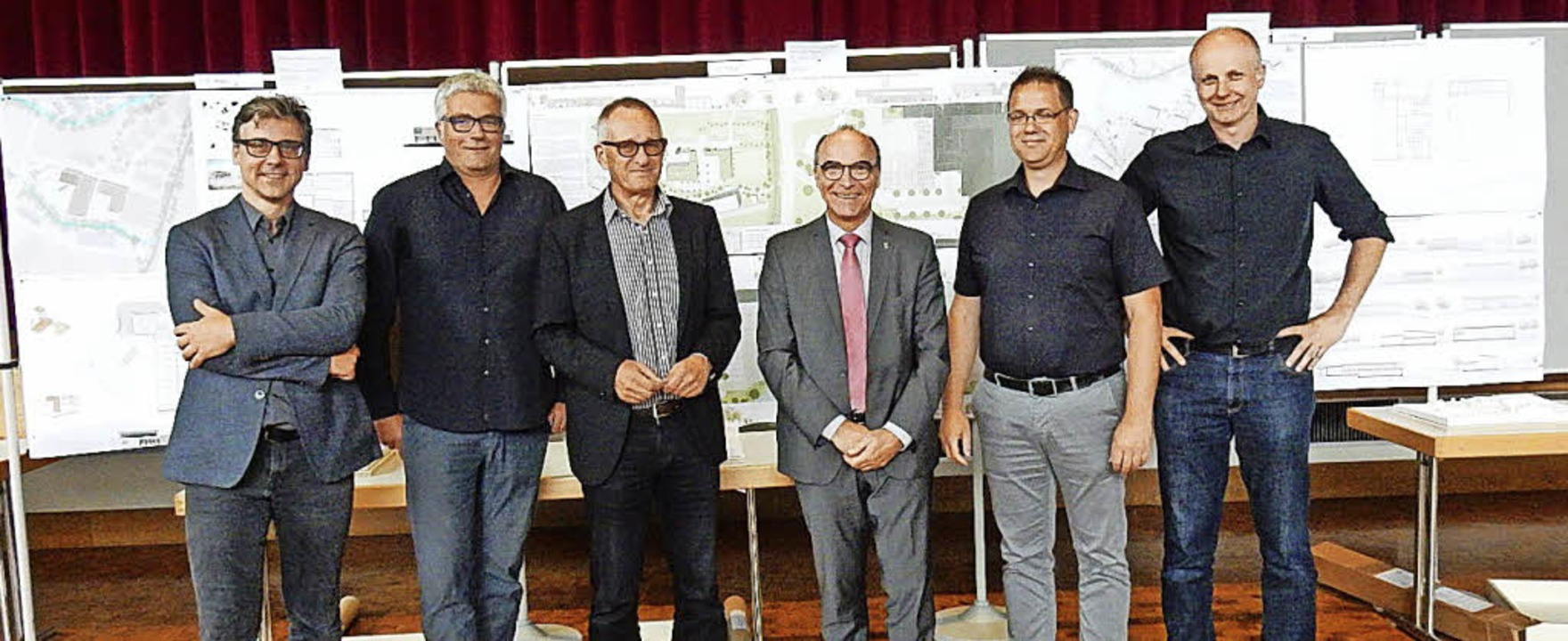Die Preisträger (v.l.) Norbert Goljan ... für seinen Entwurf eine Anerkennung.   | Foto: Kurt Meier