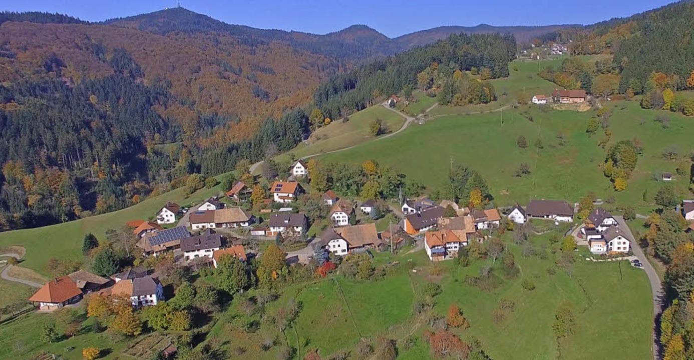 Neue Perspektiven auf Malsburg-Marzell...ens. Hier: der Ortsteil  Lütschenbach   | Foto: Michael Hougen/Silke Hartenstein