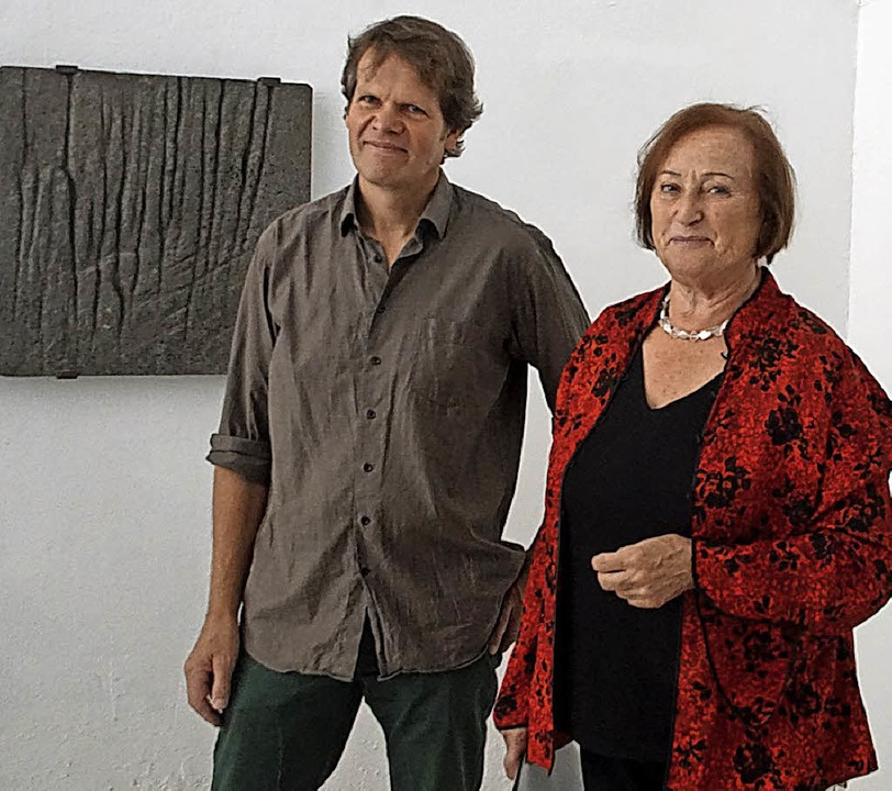 "Jan Douma und Ina Kunz zeigen in Kenzi...8222;Paper-Art & Skulptur"".   | Foto: Ilona Hüge"