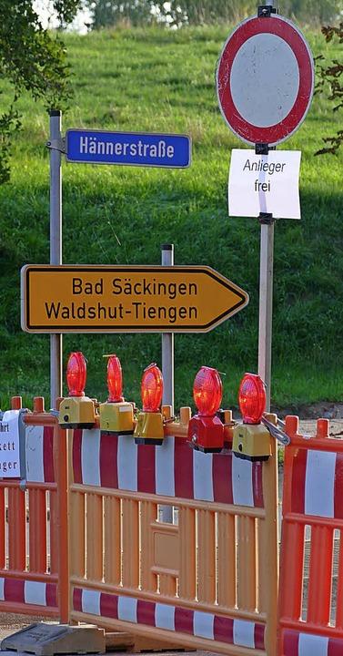Die Sperrung der Hännerstraße   bringt  Umleitungsverkehr auf den Rappenstein.    Foto: Winfried Dietsche